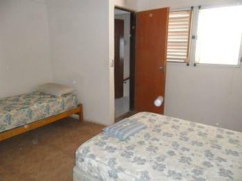 casa de dos pisos playas doradas pieza 1