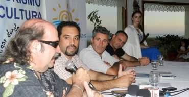 Litto Nebbia, Renzo Tamburrini, Claudio Paz, Cesar Bongiovani y Agustina Brumatti.