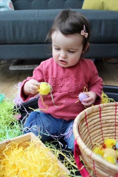 Easter-Egg-Hunt-Sensory-Basket-6