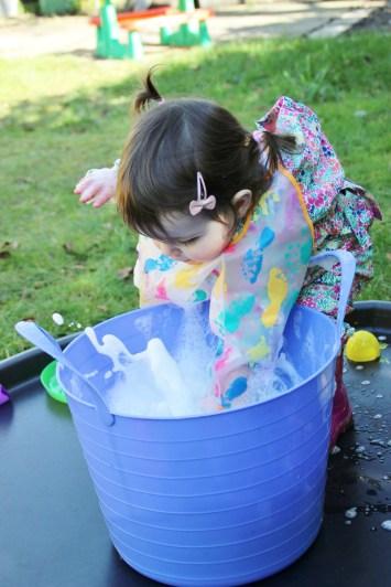 Easter-Egg-Printing-Washing-up-Bucket
