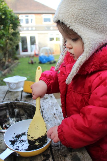 Mud-kitchen-Carrot-Soup-4