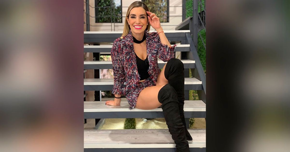 Andrea Escalona Is Praised By Fans By Showing Off Her Legs In Mini Dress Play Crazy Game