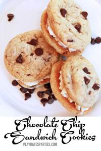 {12 Days of Christmas Cookies} Chocolate Chip Cookie Sandwiches