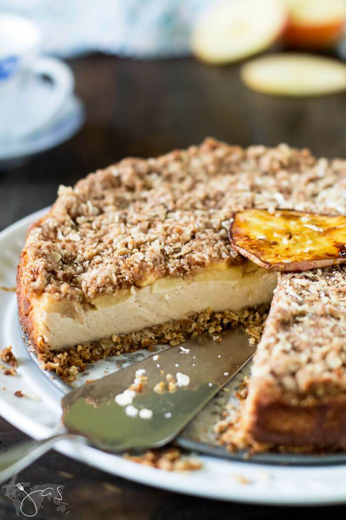 Bavarian Apple Oatmeal Streusel Cheesecake from All That's Jas.