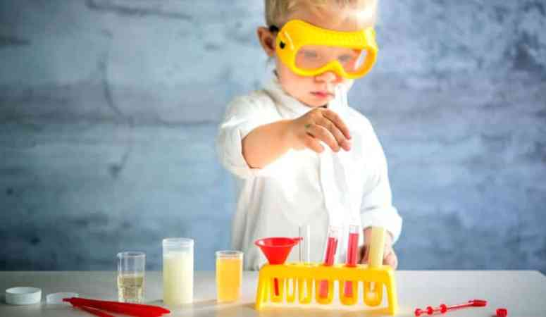 15 awesome activities that will make young kids love science