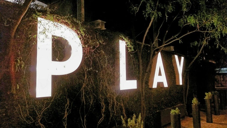 Playbg