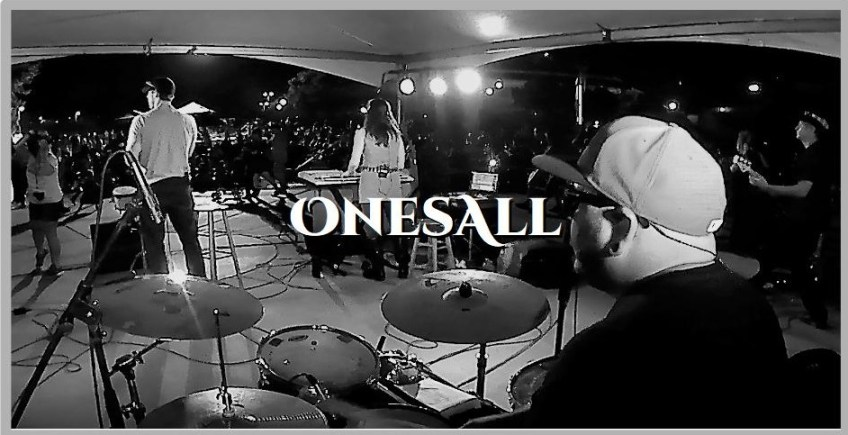 ONESALL LIVE ON THE PLAYGROUND BAR AND LOUNGE ROOFTOP