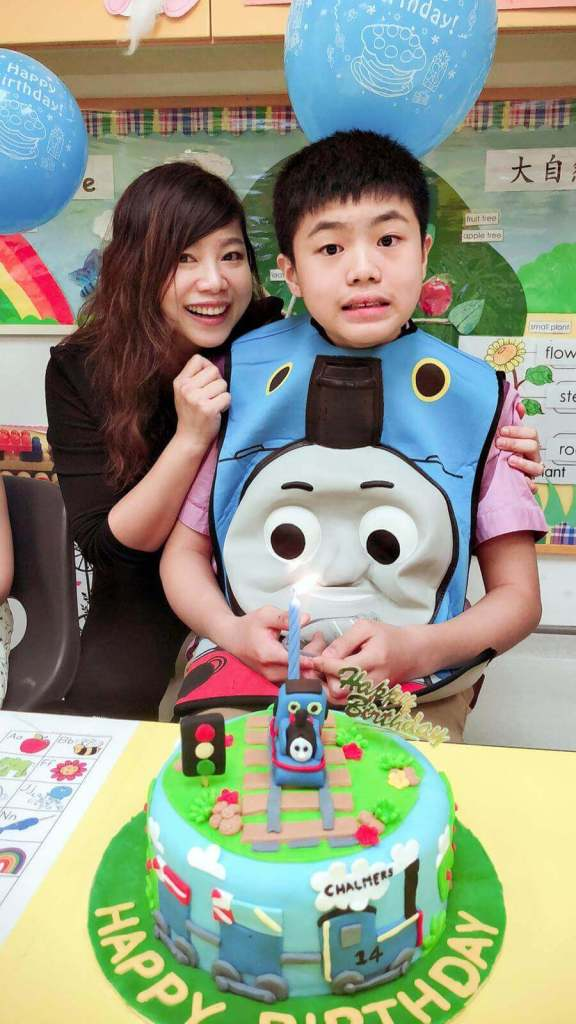 The Singpore Special Voices is set up by Magdalene Wong, a mother to 14 year-old Chalmers. She discovered that Chalmers had moderate to severe autism when he was close to two years old.