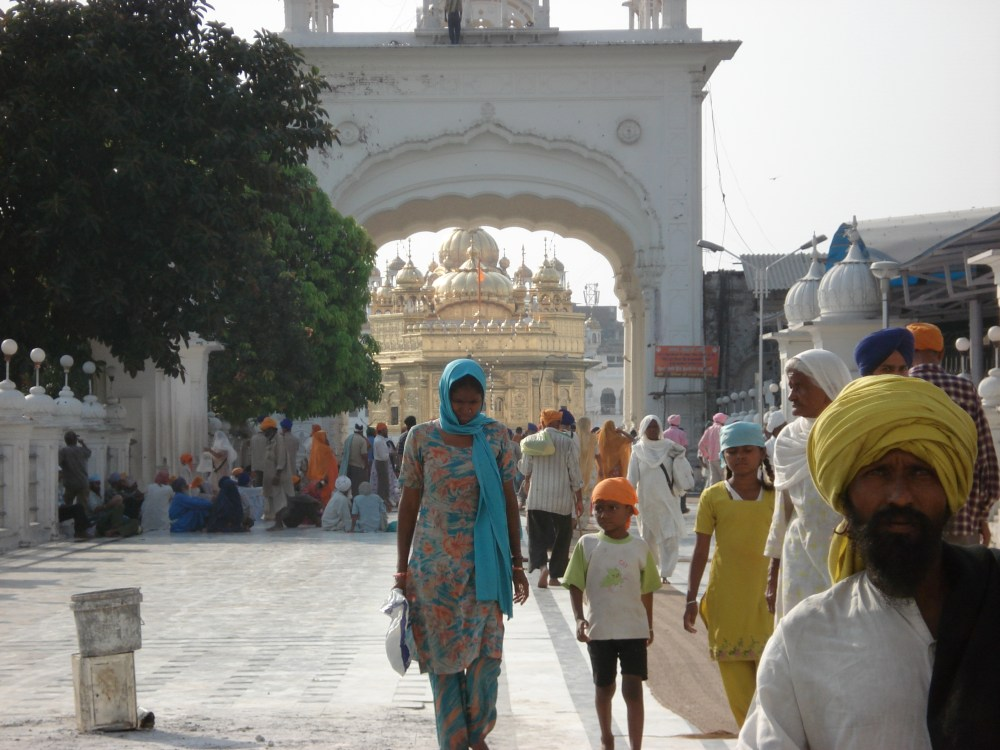 Sikhs in America, Americans in the Punjab (2/6)