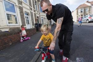 Dad-helping-cycling-7
