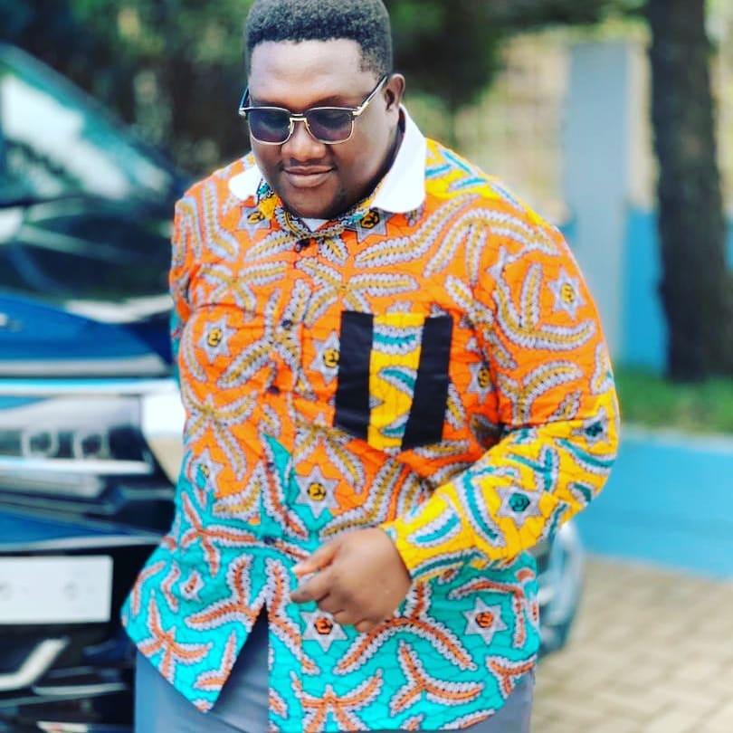 ADOMcwesi - GAM (Gospel Afrobeat Mashup)