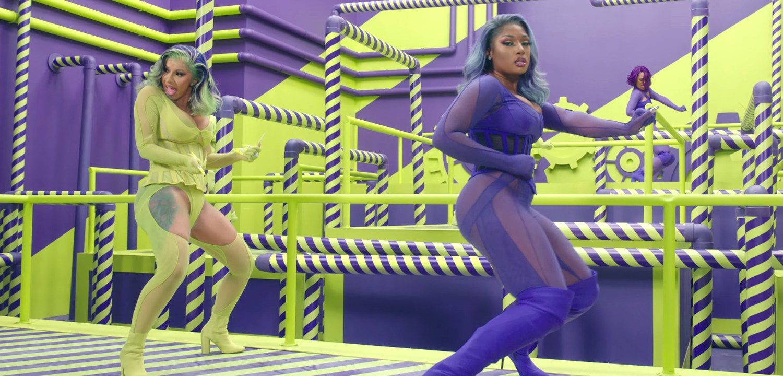 Cardi B and MEgan Thee Stallion dancing in WAP
