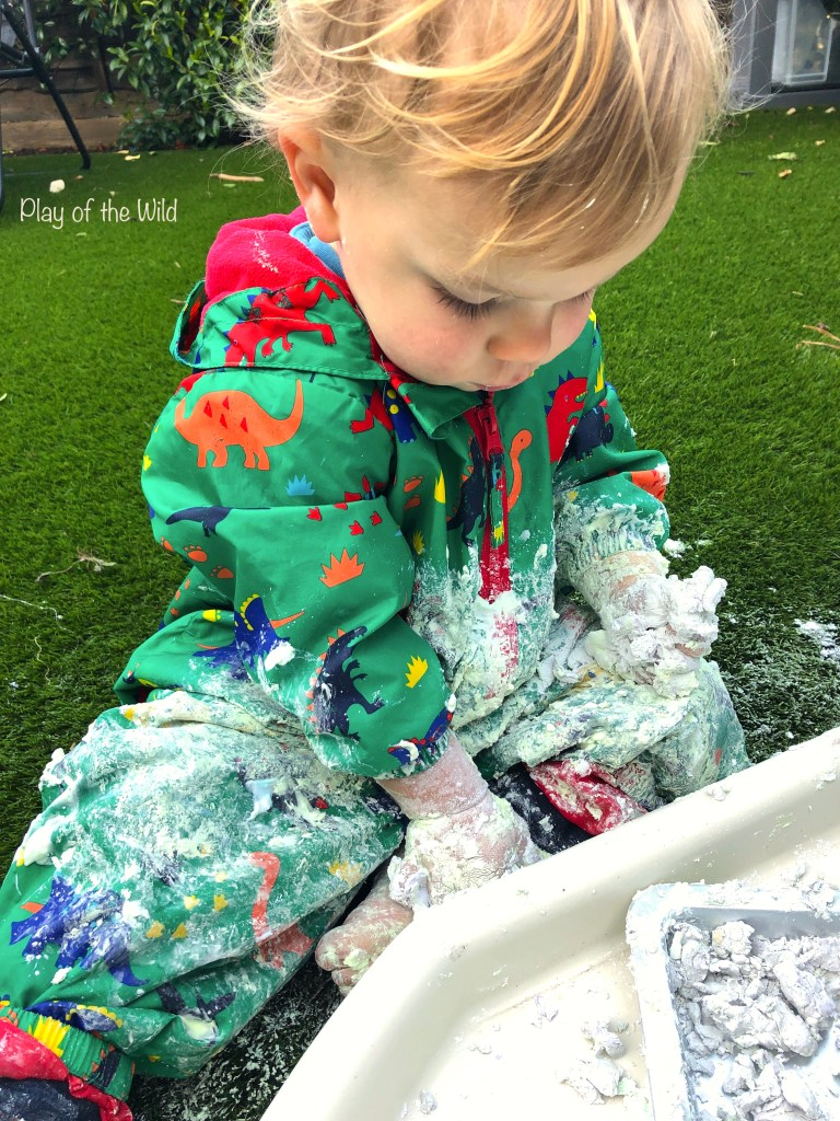 messy play with cornflour and shaving foam