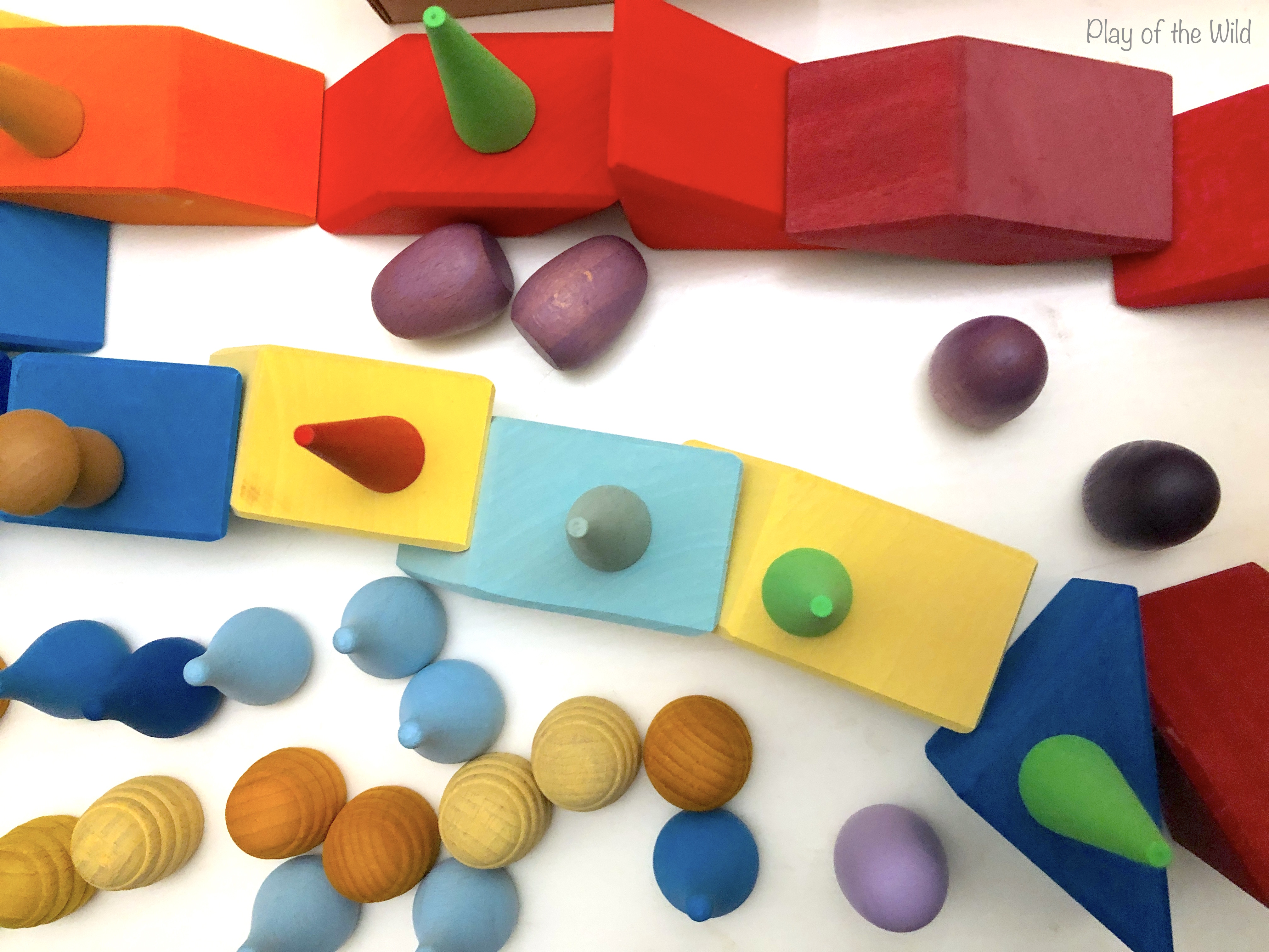 Loose parts play ideas for toddlers, block play