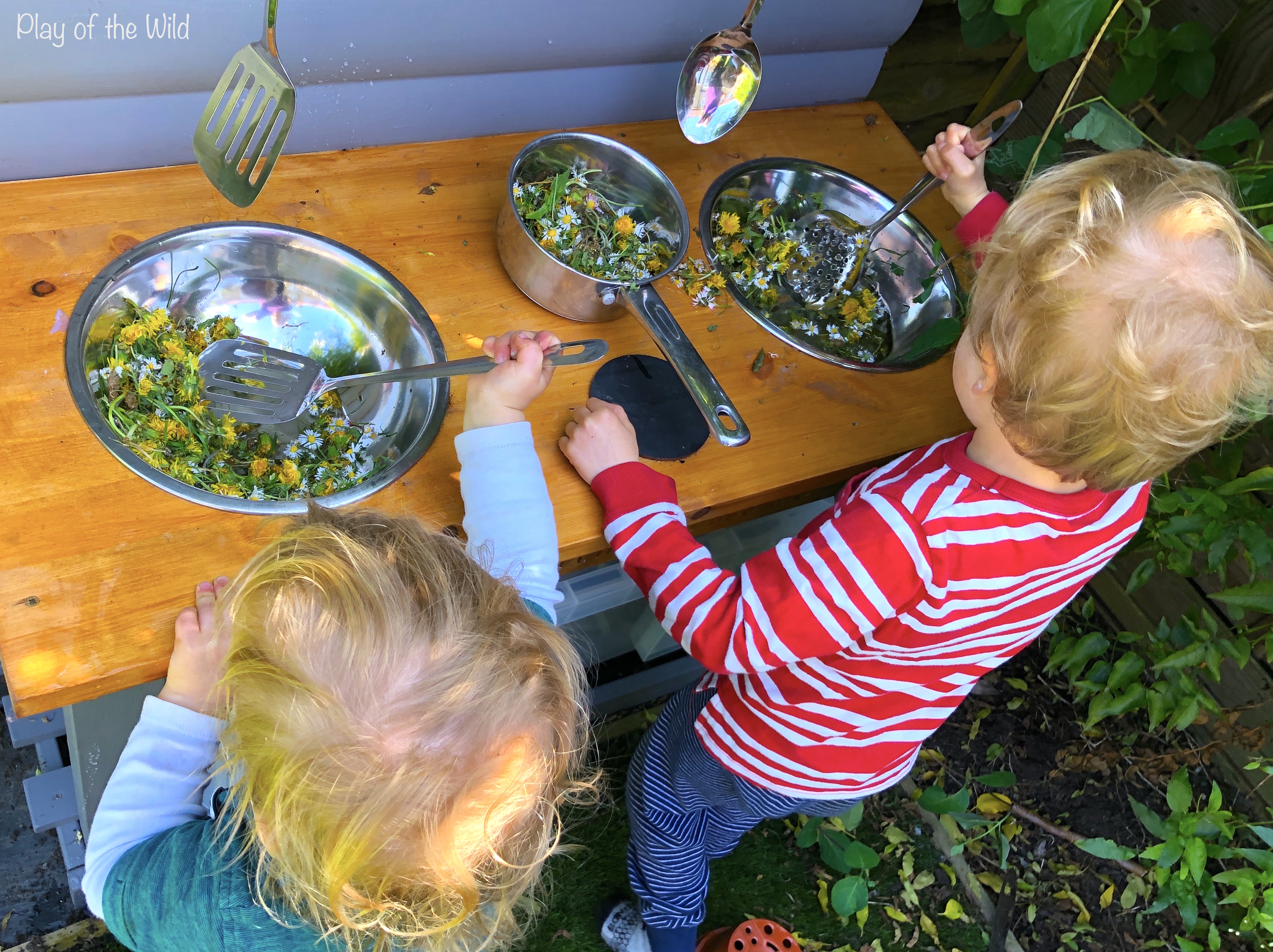 mud kitchen flower and water play