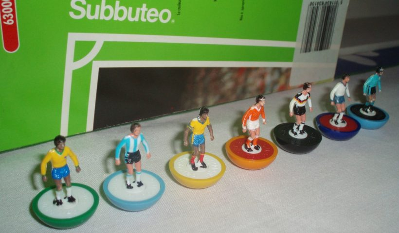 Subbuteo players