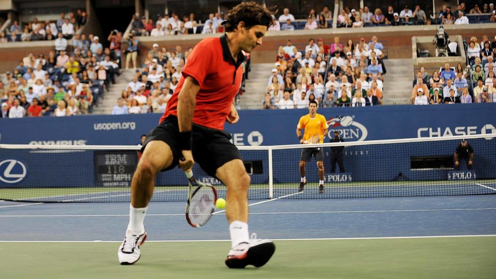 Roger Federer's tweener at the US Open in 2009