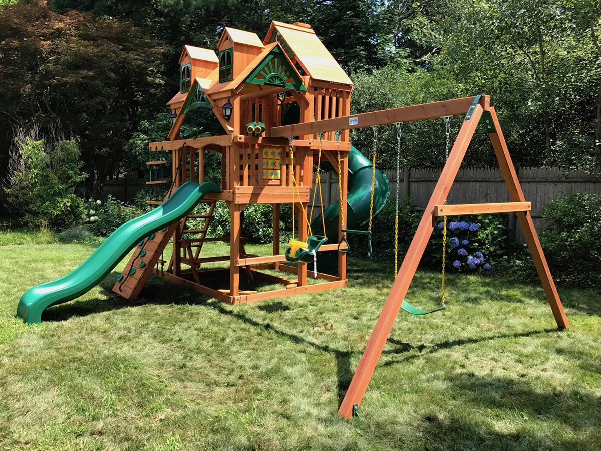 Gorilla Malibu Deluxe Swing Set Installation