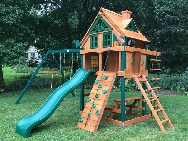 Gorilla Mountain Ridge Playset