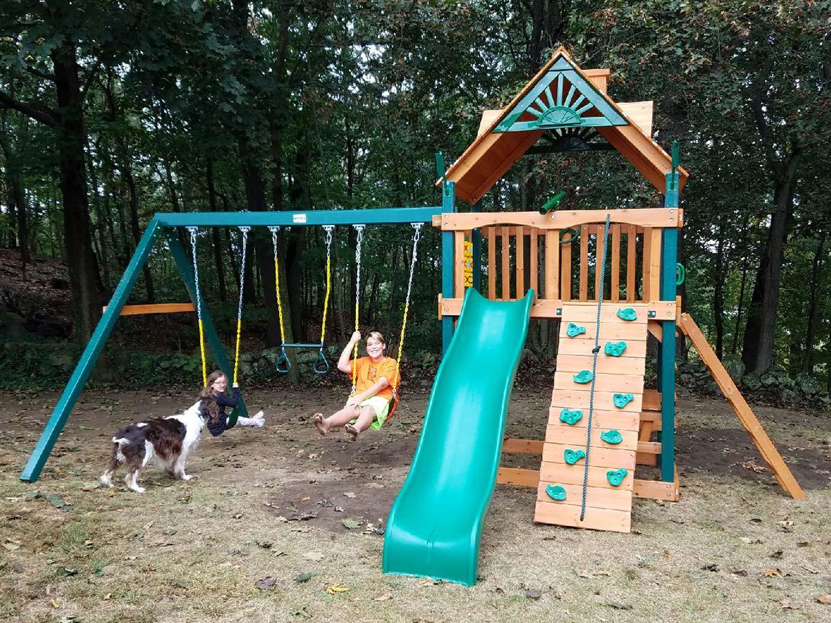 Gorilla Chateau Playset Installation