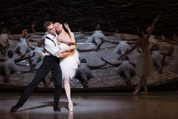Australian Ballet's Swan Lake at the London Coliseum