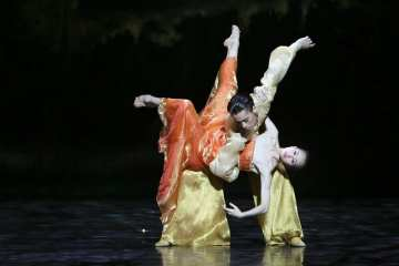Echoes of Eternity Shanghai by Ballet Company at the English National Opera 02
