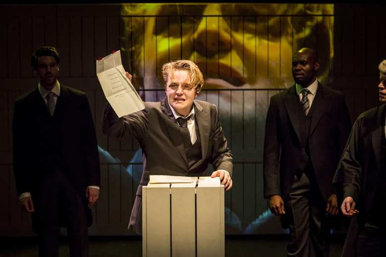 The Winter's Tale A Cheek and Jowl Production Photo Johan Persson