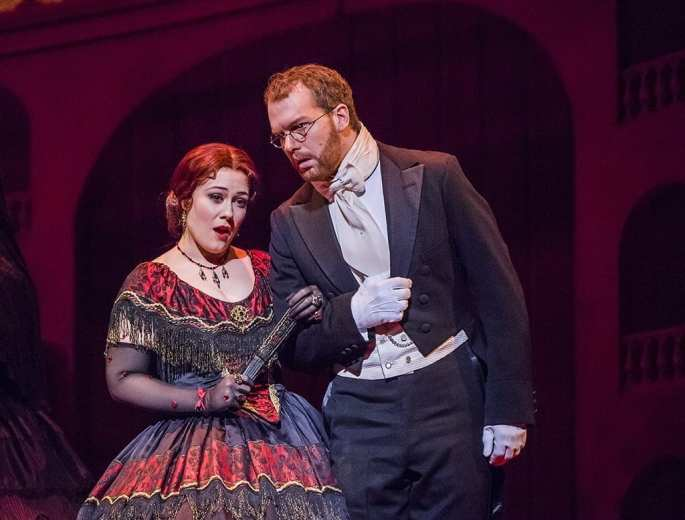 La Traviata © 2017 ROH. Photo Tristram Kenton