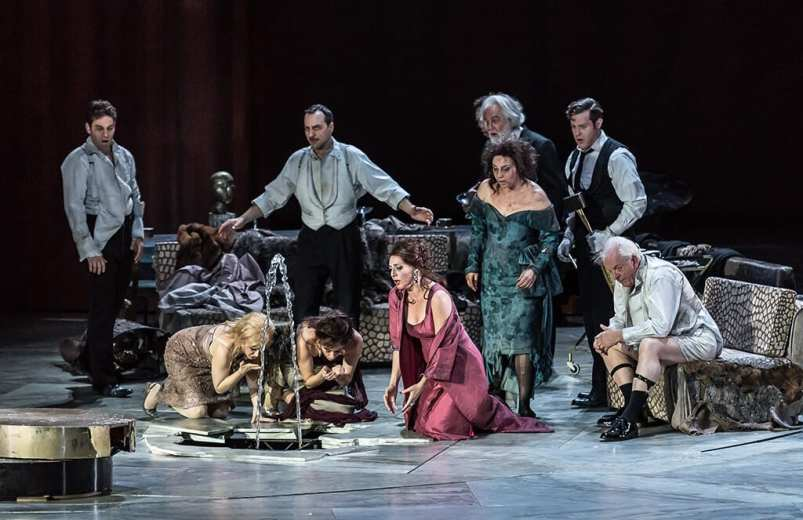 EXTERMINATING ANGEL PRODUCTION IMAGE (C) ROH. PHOTO BY CLIVE BARDA
