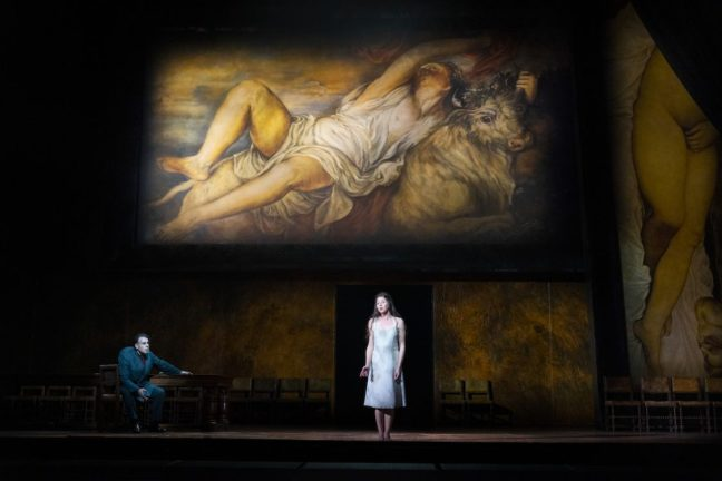 Rigoletto (Carlos Álvarez) and Gilda (Lisette Oropesa)