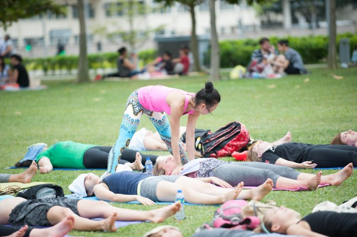 20150502 - Cora Tamar Park Yoga II - 1006