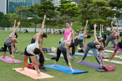 20150502 - Cora Tamar Park Yoga II - 922