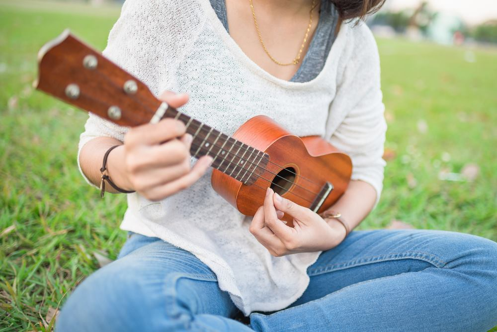 How To Strum A Ukulele An Expert Guide