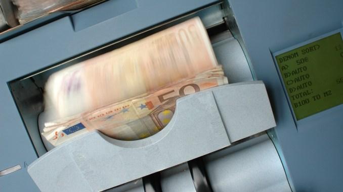 [img.1] Membangun Mesin Uang di Internet