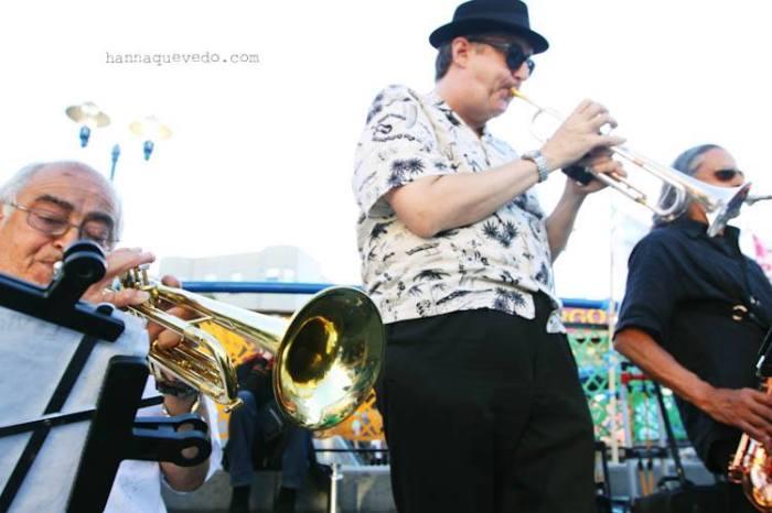 Orquesta Adelante! Photo by Hanna Quevedo.