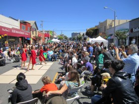 Inner Sunset Sundays street dance