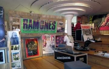 ramones_museum_9