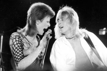 https://www.cardinalreleasing.com/beside-bowie-the-mick-ronson-story