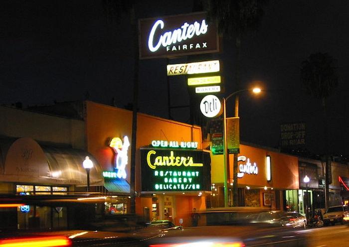 Canter's Deli in Los Angeles - DaveofCali (David Liu) via CC