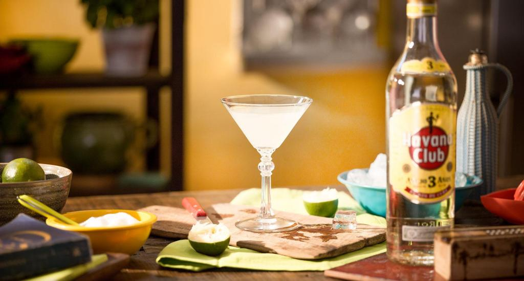 Classic daiquiri-Cocktail-recipe-Havana-club