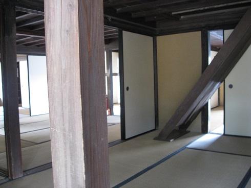 吉田松陰旧宅の部屋の階段写真