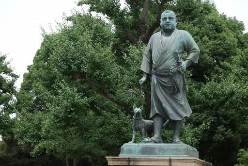 上野公園の西郷隆盛の銅像