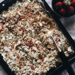 Healthy homemade granola | pleasureonaplate.com