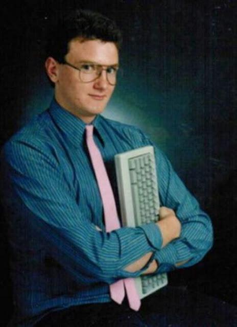26 Of The Funniest Senior Portraits Of All Time