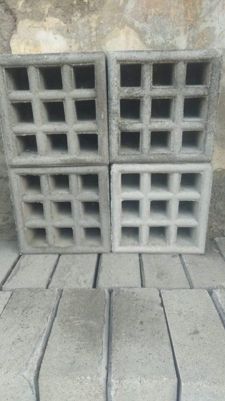 roster beton kotak