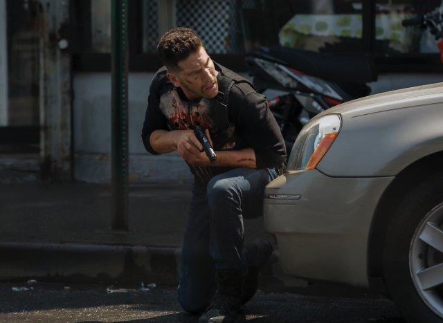 Jon Bernthal como Frank Castle en la temporada 2 de The Punisher. Imagen: See What's Next Twitter (@seewhatsnext).