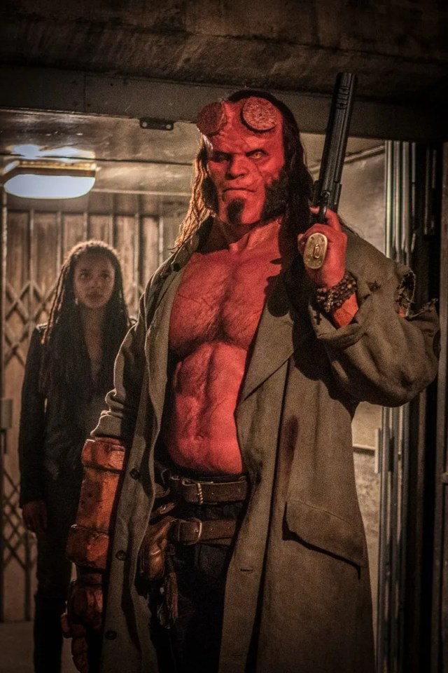Alice Monaghan (Sasha Lane) y Hellboy (David Harbour) en Hellboy (2019). Imagen: Hellboy (@HellboyMovie).