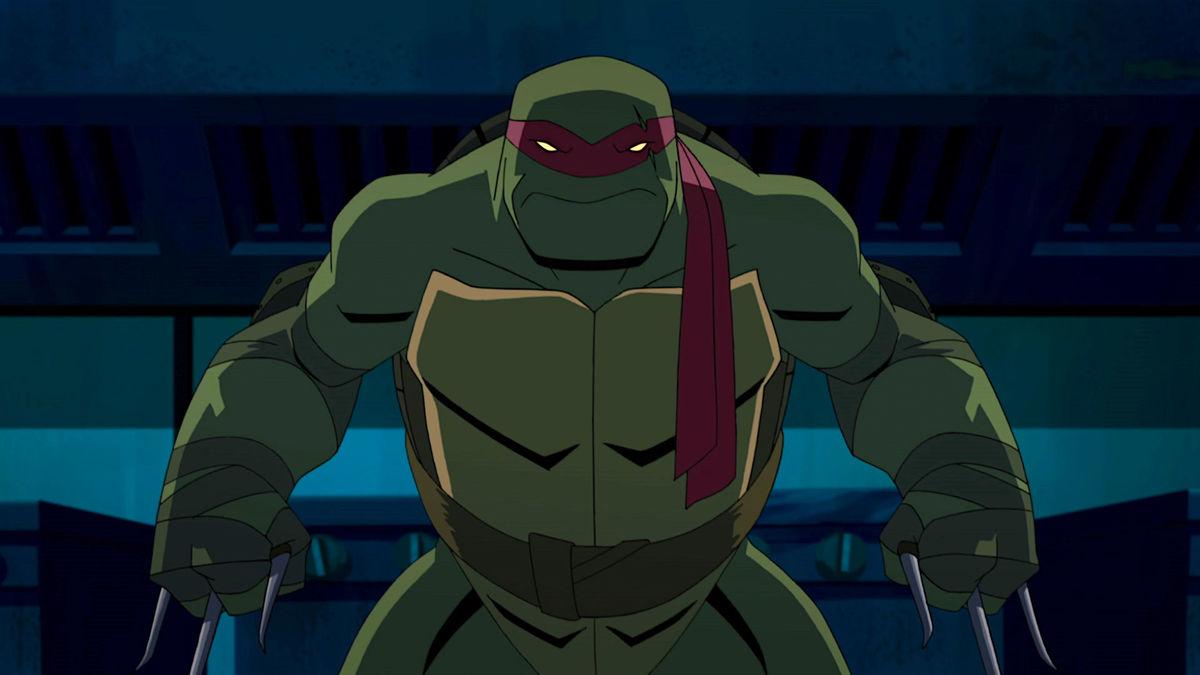 Raphael (voz de Darren Criss) en Batman vs. Teenage Mutant Ninja Turtles (2019). Imagen: Warner Bros. Home Entertainment