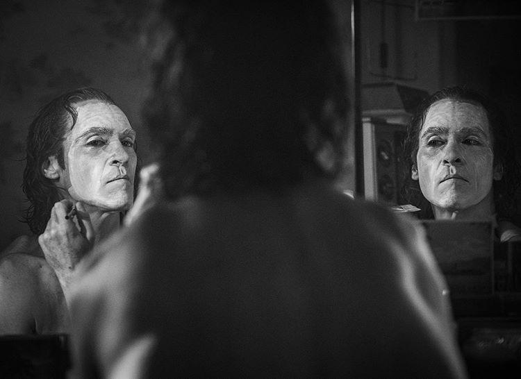 Arthur Fleck (Joaquín Phoenix) en Joker (2019). Imagen: Todd Phillips Instagram (@toddphillips1).