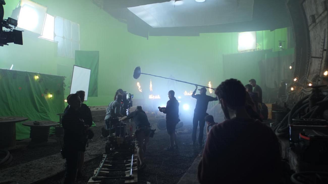 Filmando la escena del túnel de Justice League (2017). Imagen: Fabia Wagner Instagram (@fabianwagner78).